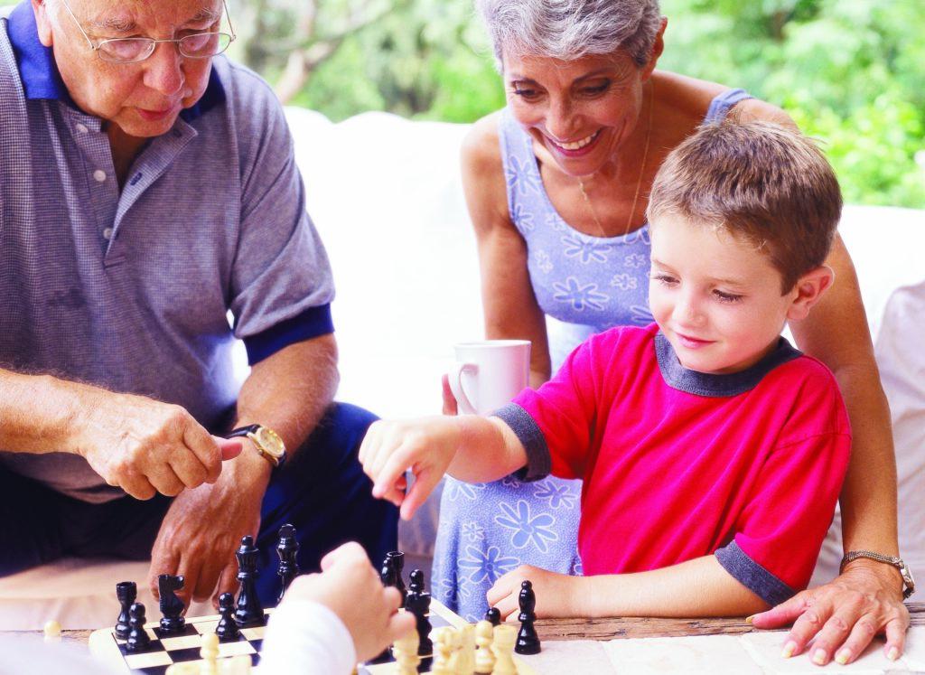 Nos audioprothésistes aident vos enfants et propose des aides adaptés